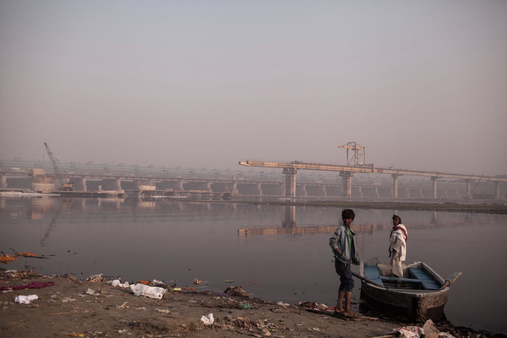 A father son duo who helped people to cross the Yamuna River
